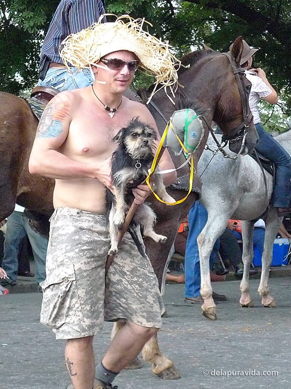 Pelulu and Julio in the horse parade, Guanacaste 2010