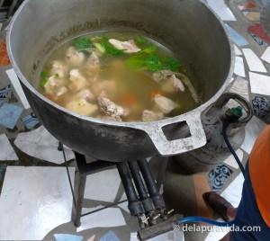 pork soup (sopa de cerdo)