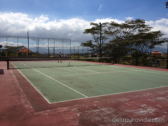 tennis court in costa rica